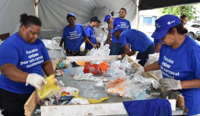 auxílio carnaval ambulantes e catadores