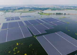painéis solares flutuantes