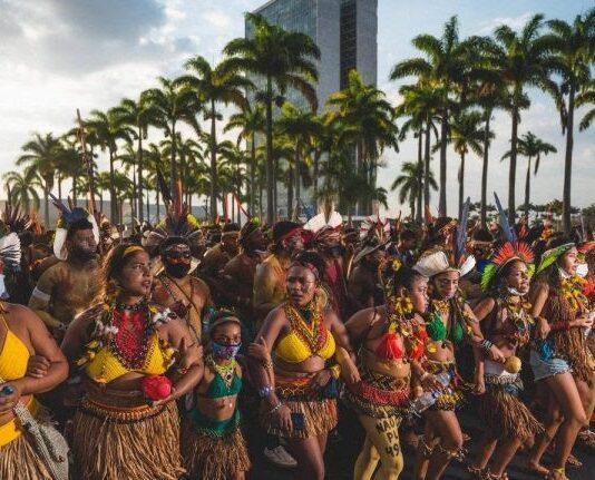 Marcha Mulheres Indígenas