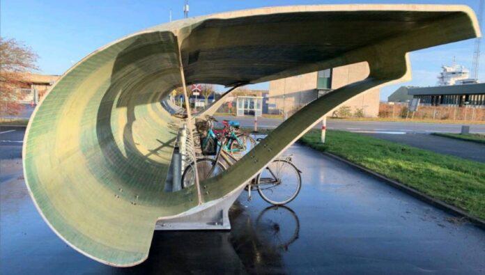 Pás de turbinas eólicas viram bicicletários na Europa