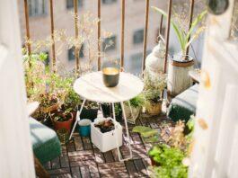 flores na varanda