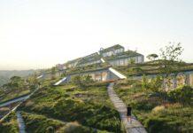 Fuse Valley - Complexo de escritórios em Portugal se camufla em meio à paisagem